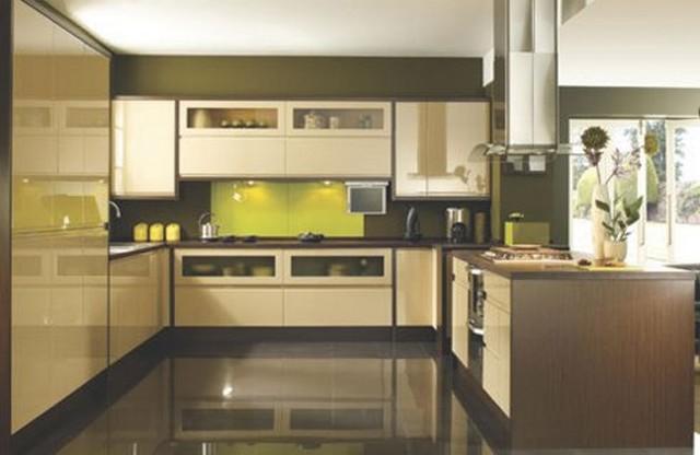 Кухня дизайн на коричневом полу